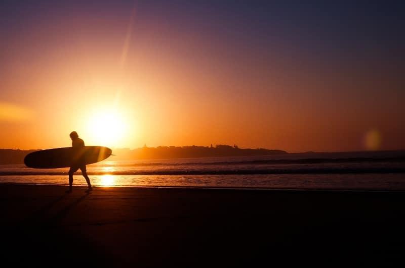 Longboard Surfen Sonnenuntergang