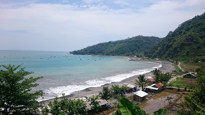 Surfen Cimaja Bucht