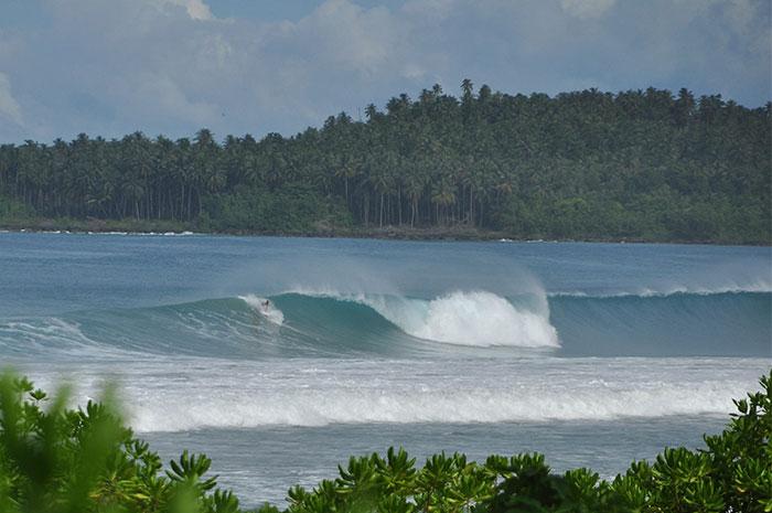 surfen sumbawa lakey peak